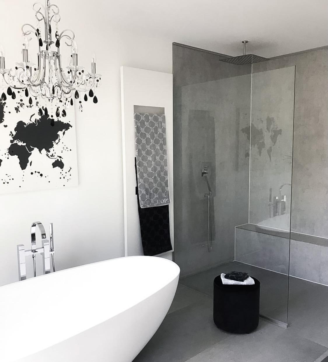 Modernes Badezimmer und Renovierung
